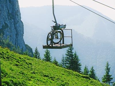 Mountainbike auf der Kampenwandbahn